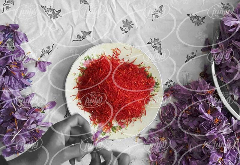 قیمت زعفران 3 گرمی بسته بندی